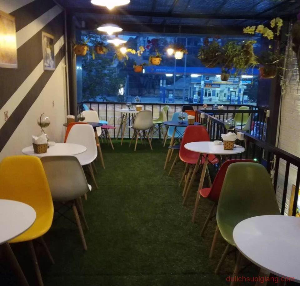 bo-tui-nhung-quan-cafe-dep-tai-thanh-pho-yen-bai-Container-Cafe2
