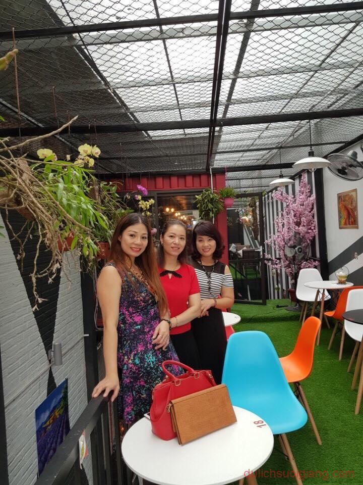 bo-tui-nhung-quan-cafe-dep-tai-thanh-pho-yen-bai-Container-Cafe6
