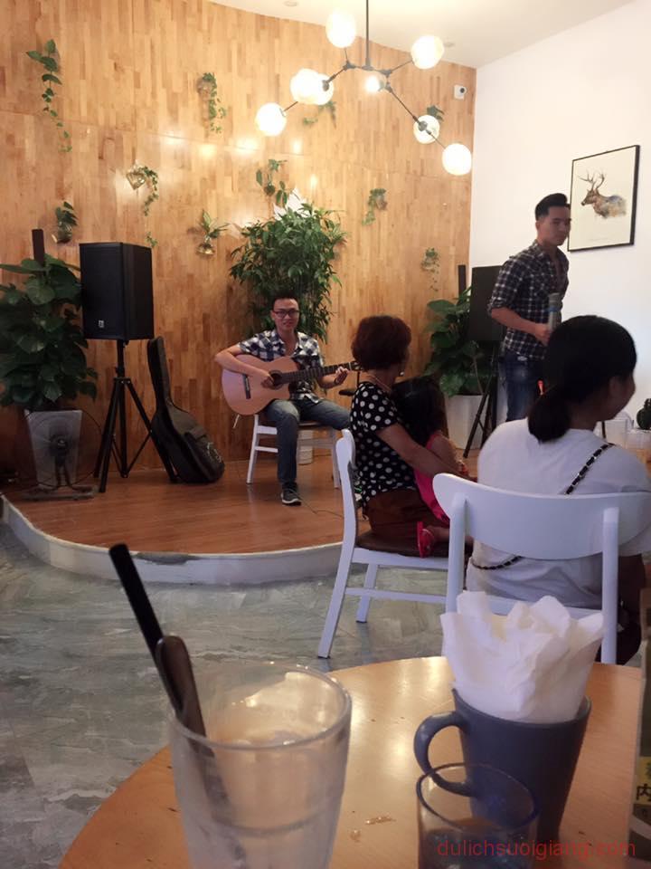 bo-tui-nhung-quan-cafe-dep-tai-thanh-pho-yen-bai-Synary – Coffee-Tea-Room10