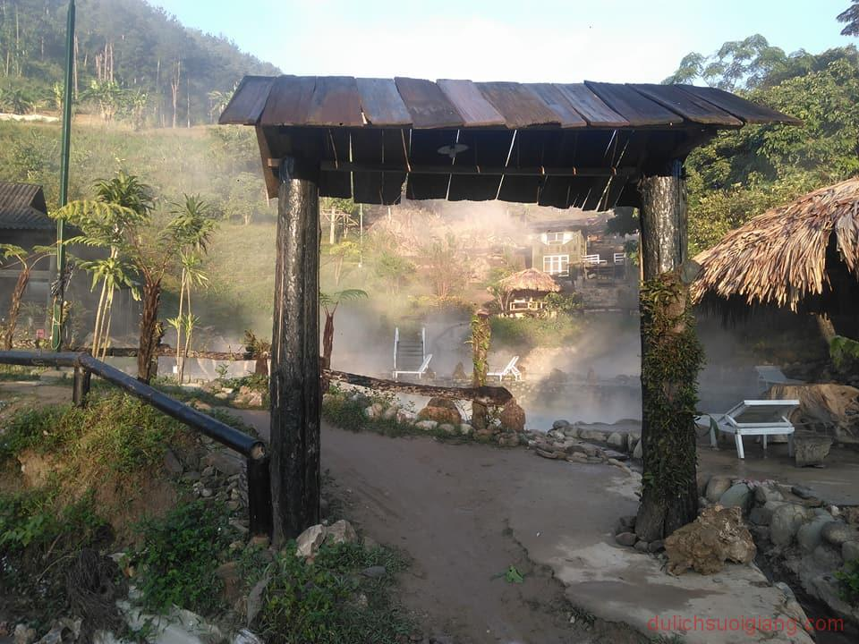kham-pha-suoi-khoang-nong-tai-tram-tau-2