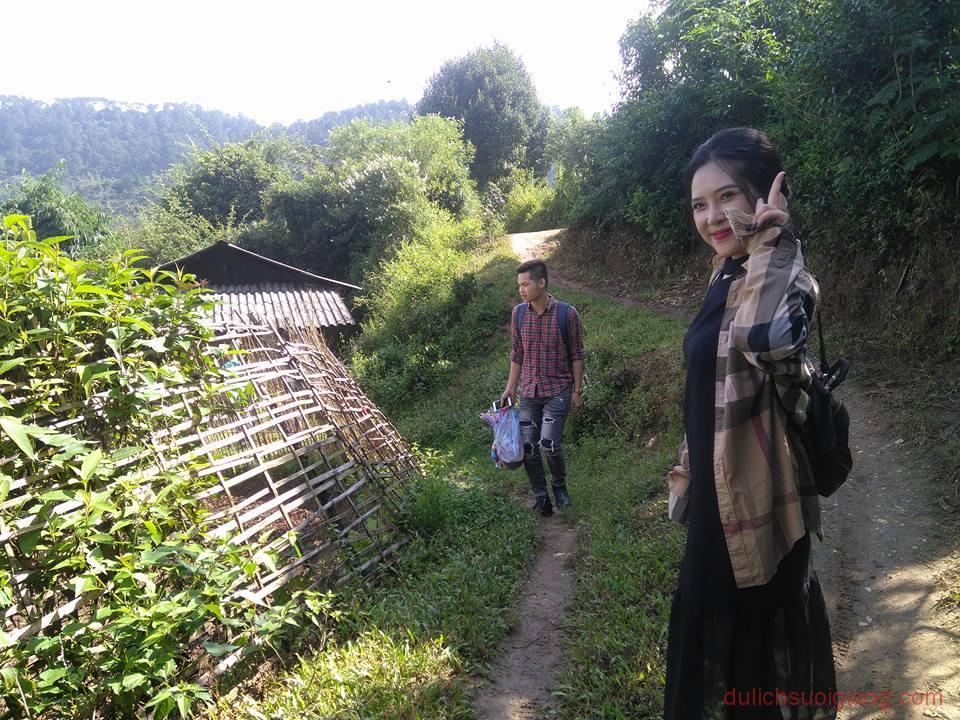 tham-quan-suoi-nuoc-nong-tram-tau-yen-bai (2)