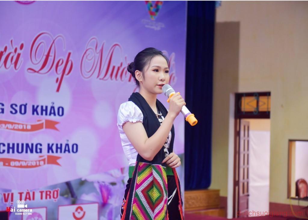chung-khao-cuoc-thi-nguoi-dep-muong-lo-135