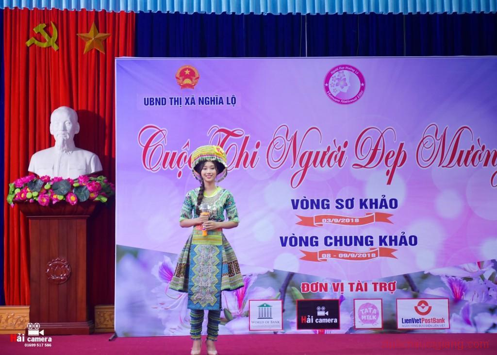 chung-khao-cuoc-thi-nguoi-dep-muong-lo-138