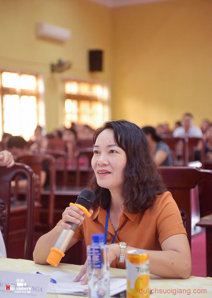 chung-khao-cuoc-thi-nguoi-dep-muong-lo-142