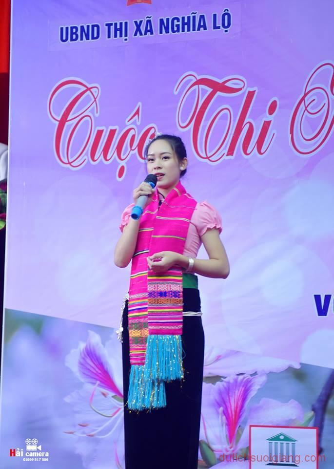 chung-khao-cuoc-thi-nguoi-dep-muong-lo-149