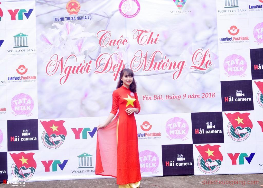 chung-khao-cuoc-thi-nguoi-dep-muong-lo-29