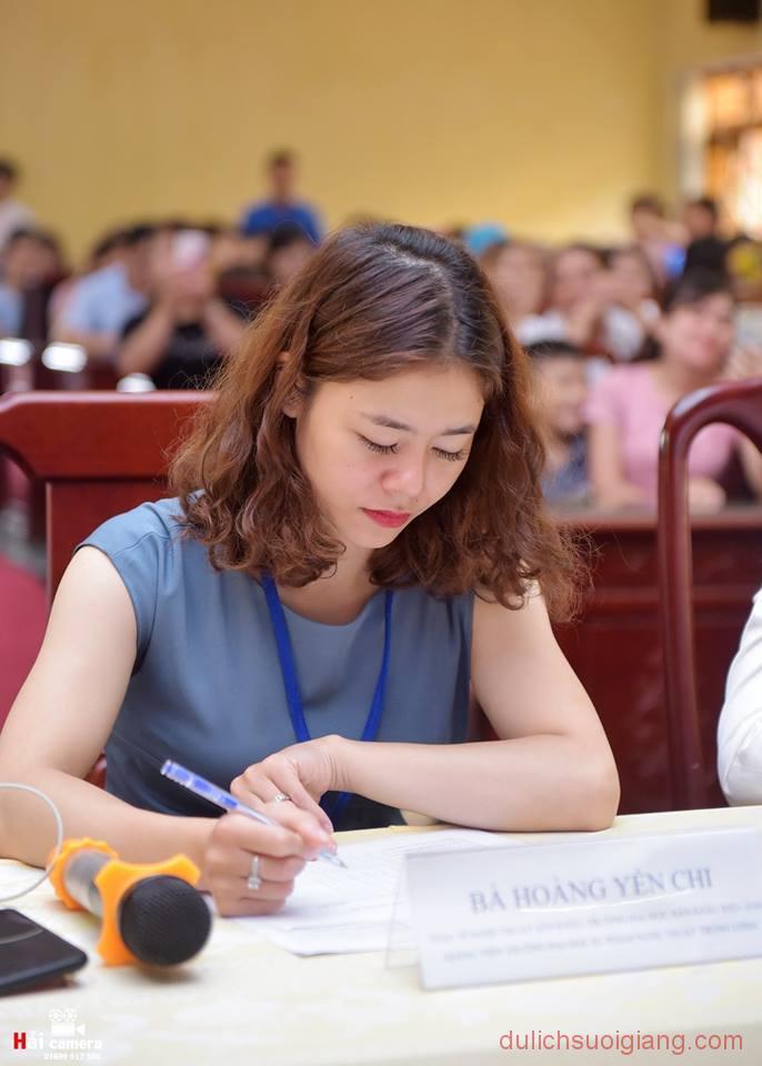 chung-khao-cuoc-thi-nguoi-dep-muong-lo-44