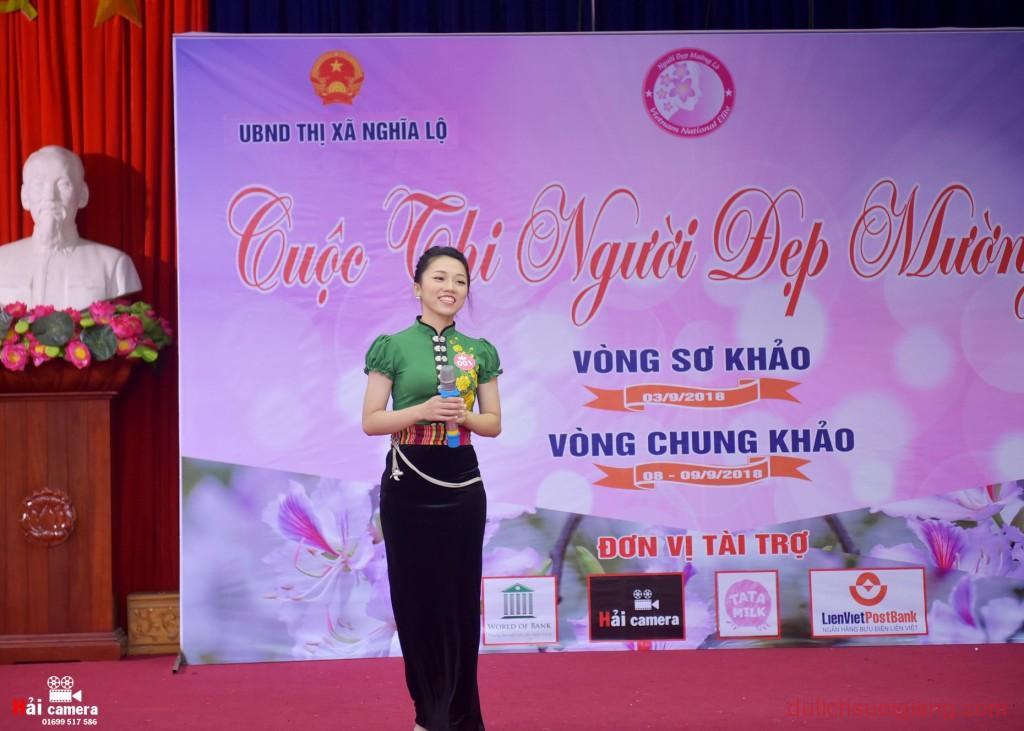 chung-khao-cuoc-thi-nguoi-dep-muong-lo-45
