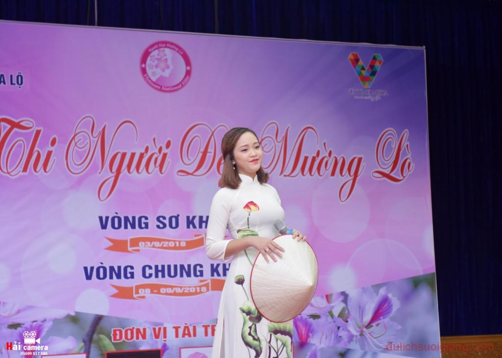 chung-khao-cuoc-thi-nguoi-dep-muong-lo-47