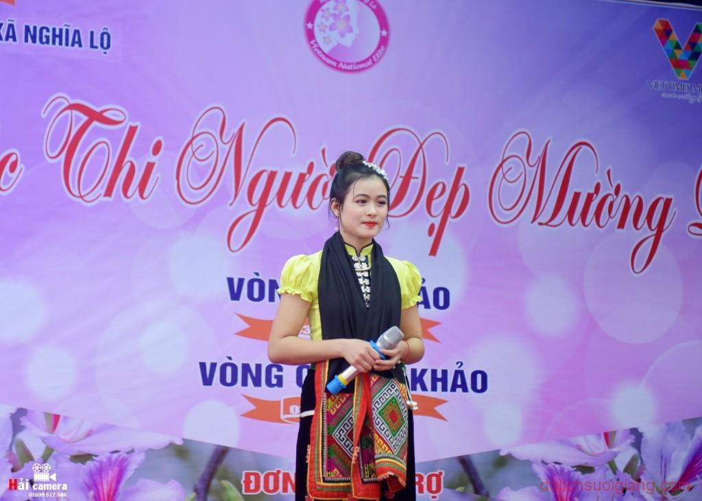 chung-khao-cuoc-thi-nguoi-dep-muong-lo-57