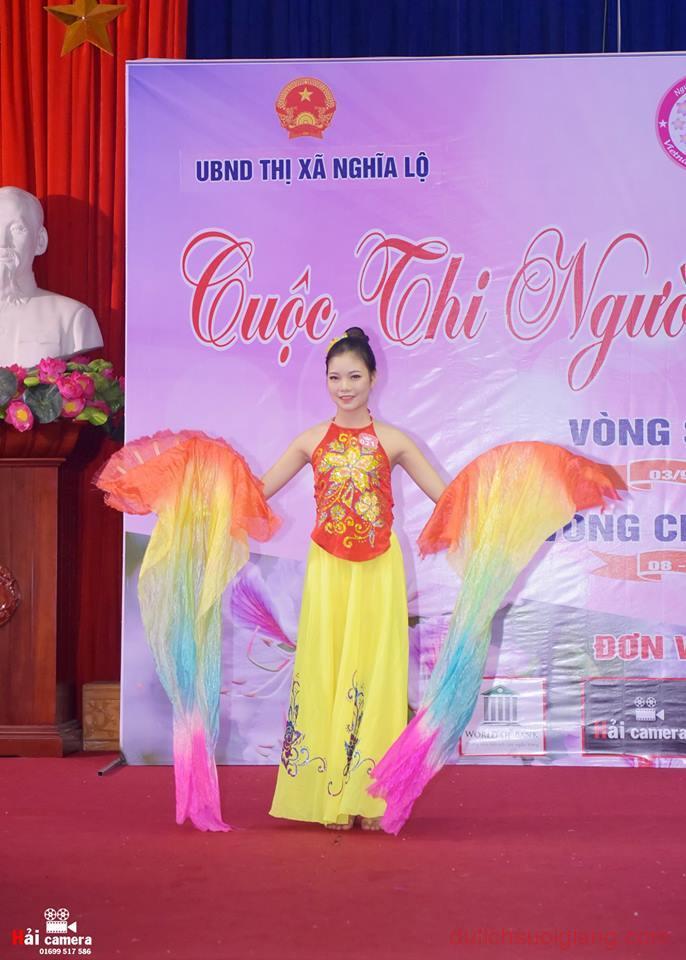 chung-khao-cuoc-thi-nguoi-dep-muong-lo-89