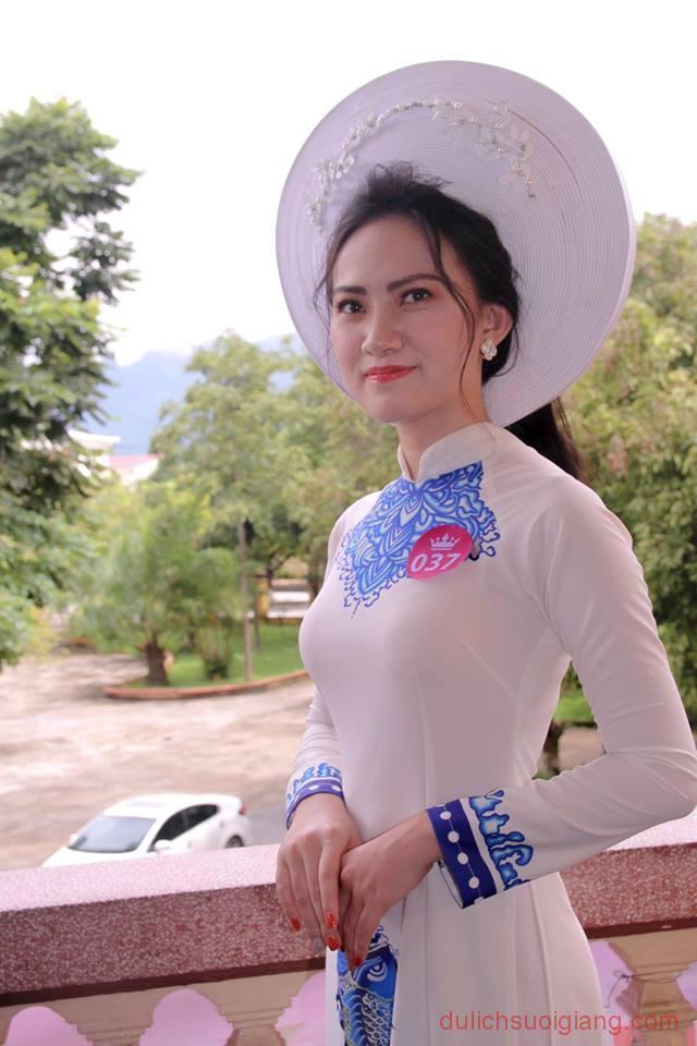 so-khao-cuoc-thi-nguoi-dep-muong-lo-2018-11