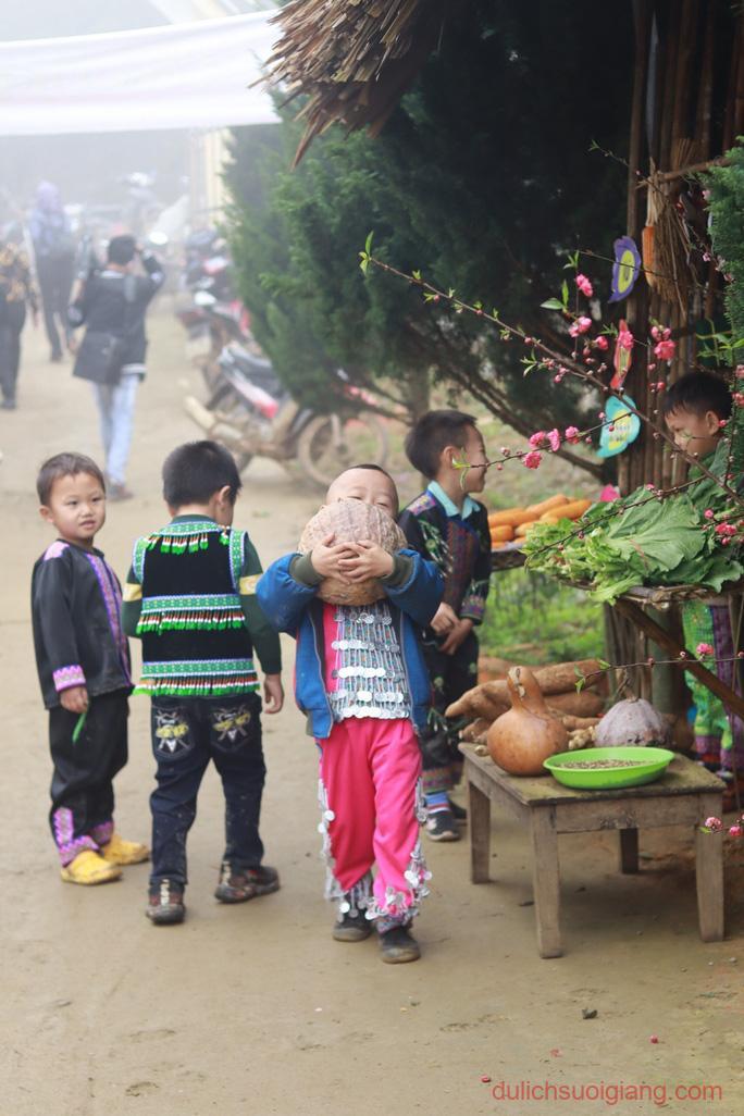 lop-hoc-chia-se-tai-suoi-giang-yen-bai-sharingclasssuoigiang
