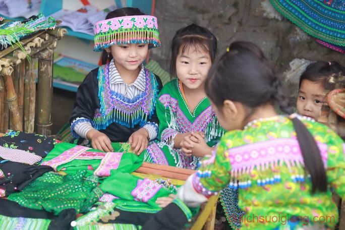 lop-hoc-chia-se-tai-suoi-giang-yen-bai-sharingclasssuoigiang3